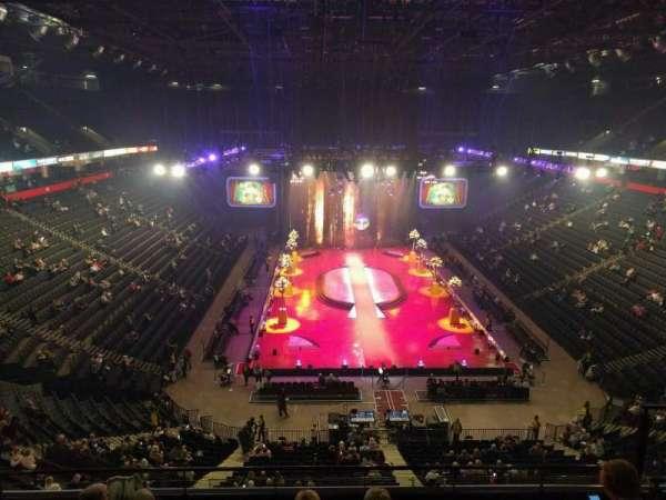 Manchester Arena, Abschnitt: 208, Reihe: f, Platz: 18