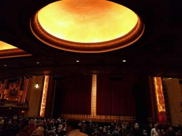 Shea's Buffalo, Abschnitt: Orchestra 2, Reihe: v, Platz: 28