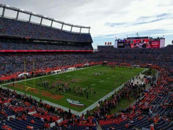 Empower Field at Mile High Stadium, Abschnitt: 319, Reihe: 1, Platz: 6