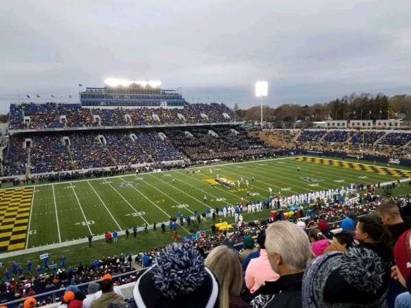 Navy-Marine Corps Memorial Stadium, Abschnitt: 132, Reihe: 11, Platz: 17