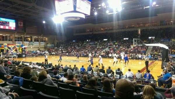 Erie Insurance Arena, Bereich: 106, Reihe: H, Platz: 5