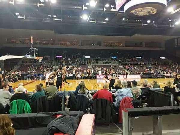 Erie Insurance Arena, Bereich: 118, Reihe: C, Platz: 12