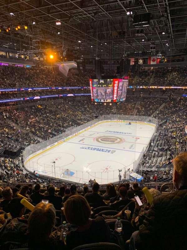 T-Mobile Arena, Abschnitt: 103, Reihe: M, Platz: 10