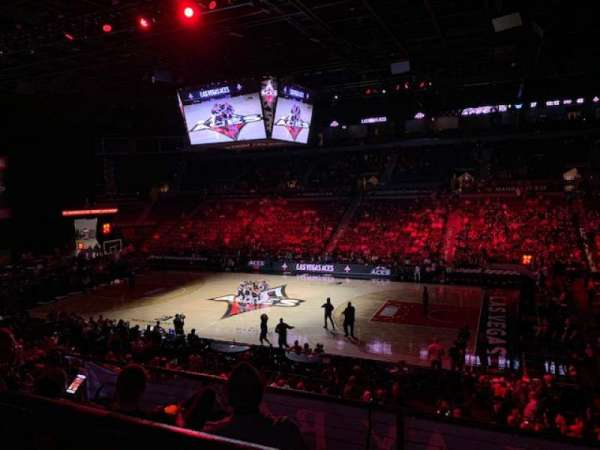 Mandalay Bay Events Center, Abschnitt: 208, Reihe: A, Platz: 6