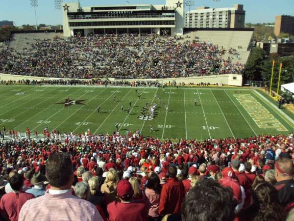 Vanderbilt Stadium, Bereich: U, Reihe: 55, Platz: 15-16