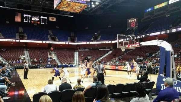 Mohegan Sun Arena, Abschnitt: 21, Reihe: D, Platz: 7