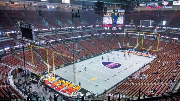 Honda Center, Abschnitt: 419, Reihe: M, Platz: 8