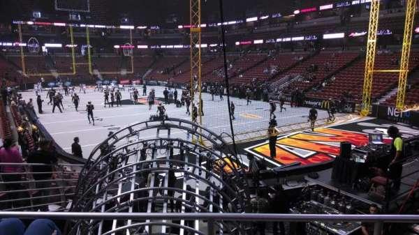 Honda Center, Abschnitt: 217, Reihe: P, Platz: 8