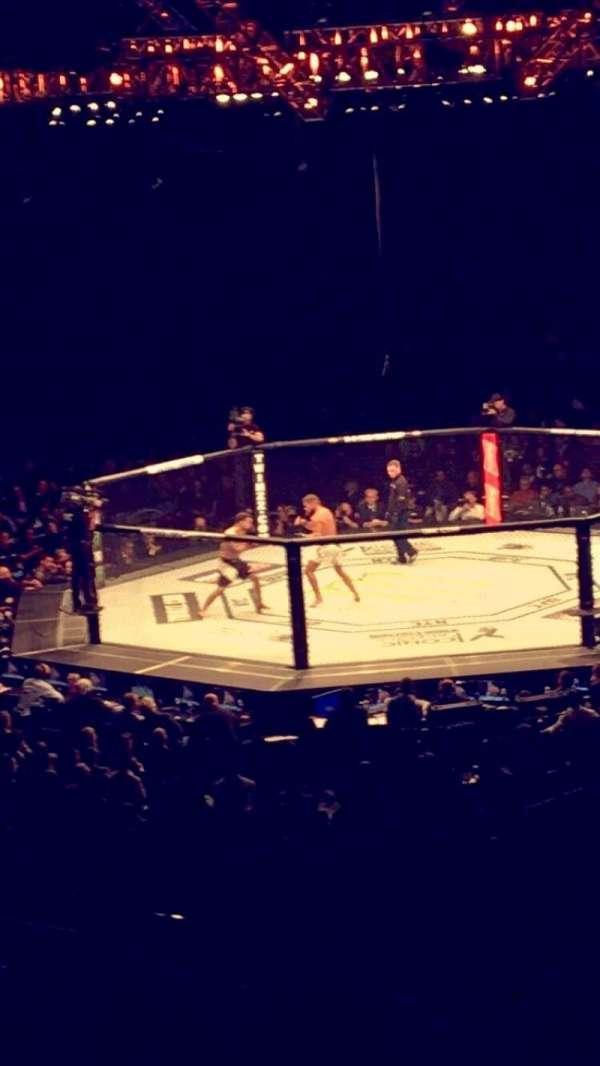 Madison Square Garden, Abschnitt: 118, Reihe: 22, Platz: 19