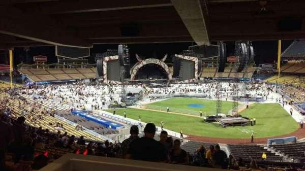 Dodger Stadium, Abschnitt: 111LG, Reihe: W, Platz: 4