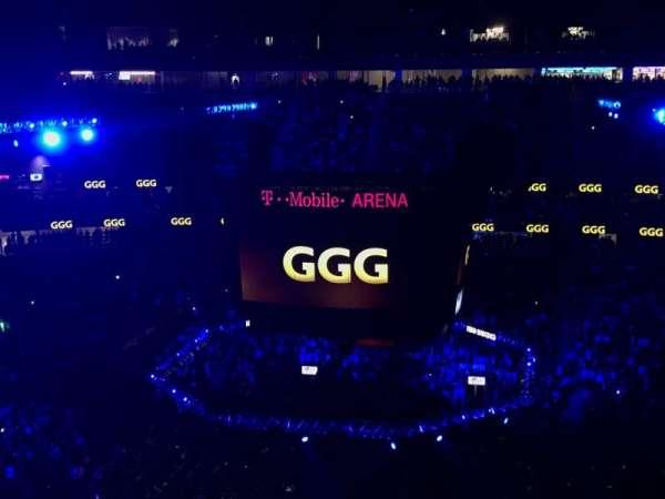 T-Mobile Arena, Abschnitt: 206, Reihe: Q, Platz: 8