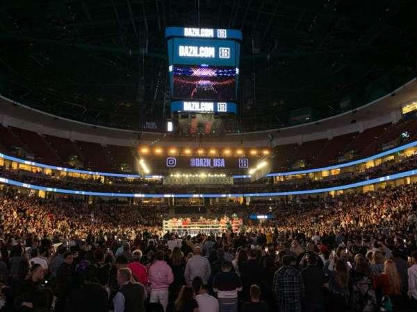 Honda Center, Abschnitt: 201, Reihe: D, Platz: 11