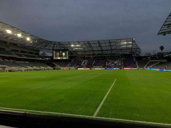 Banc of California Stadium, Abschnitt: 120, Reihe: B, Platz: 21