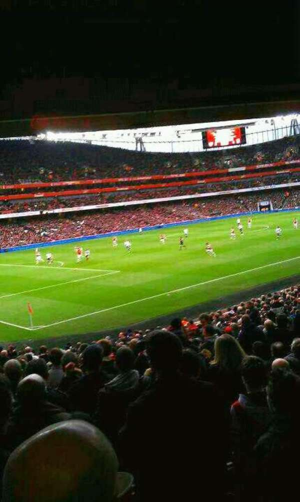 Emirates Stadium, Abschnitt: 120, Reihe: 12 , Platz: 7