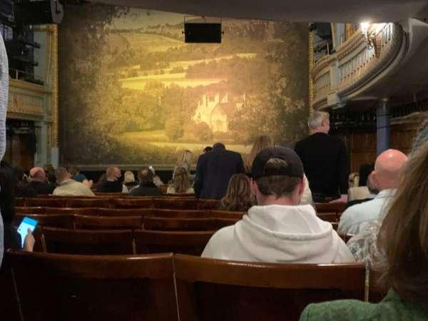 Harold Pinter Theatre, Bereich: Stalls, Reihe: O, Platz: 4
