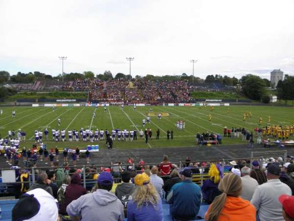 Richardson Memorial Stadium