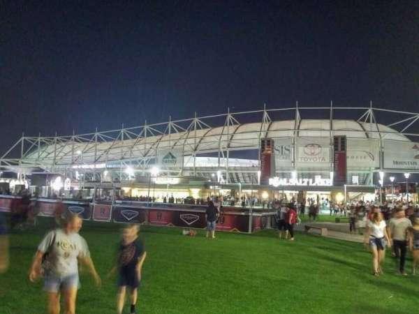 Rio Tinto Stadium, Abschnitt: exterior