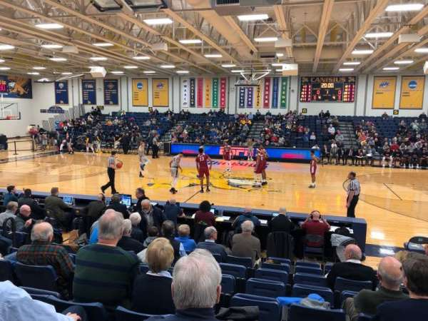 Koessler Athletic Center, Abschnitt: 2, Reihe: J, Platz: 5