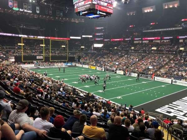 Nationwide Arena, Abschnitt: 112, Reihe: X, Platz: 1