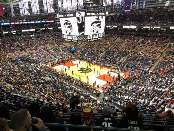 Scotiabank Arena, Abschnitt: 306, Reihe: 10, Platz: 8
