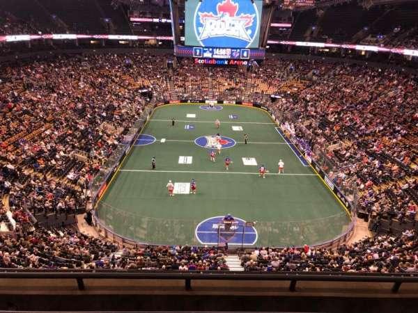 Scotiabank Arena, Abschnitt: 303, Reihe: 4, Platz: 13