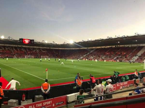 St Mary's Stadium, Abschnitt: 4748, Reihe: H, Platz: 1209