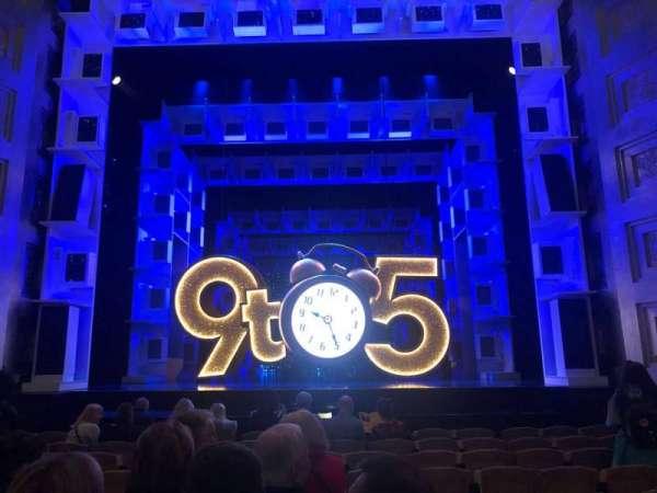 Savoy Theatre, Abschnitt: Stalls, Reihe: J, Platz: 14