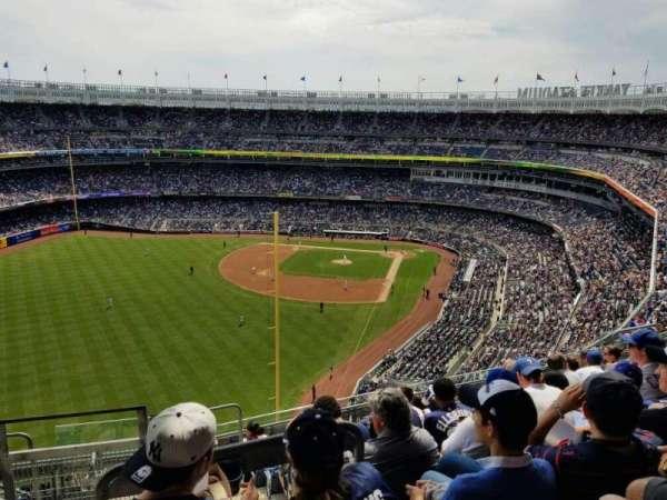 Yankee Stadium, Abschnitt: 432B, Reihe: 9, Platz: 20