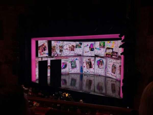 August Wilson Theatre, Abschnitt: MezzR, Reihe: B, Platz: 14