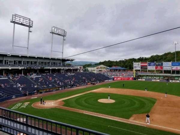 PNC Field, Abschnitt: 200, Reihe: 2, Platz: 4