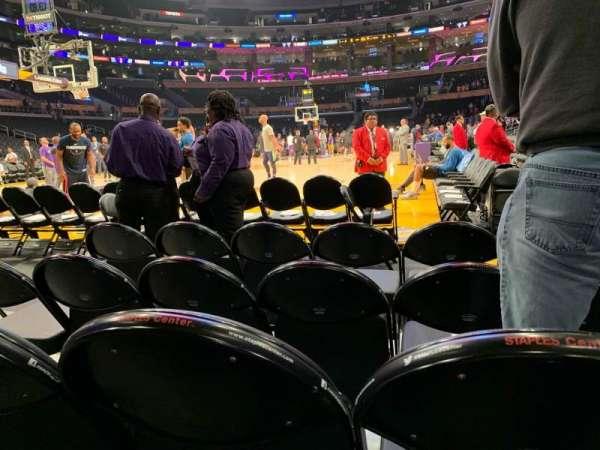 Staples Center, Abschnitt: 105, Reihe: D, Platz: 3