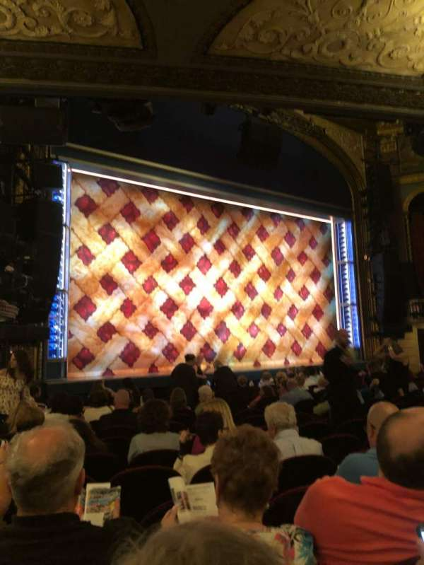 Brooks Atkinson Theatre, Abschnitt: orch L, Reihe: N, Platz: 19