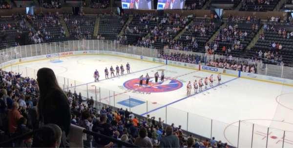 Nassau Veterans Memorial Coliseum, Abschnitt: 239, Reihe: 5, Platz: 10