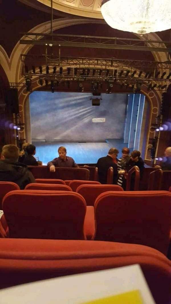 Broadway Theatre - 53rd Street, Abschnitt: Ctr/left Mezzanine, Reihe: F, Platz: 104