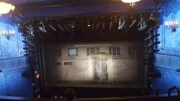 Hayes Theater, Abschnitt: Mezzanine center, Reihe: D, Platz: 102