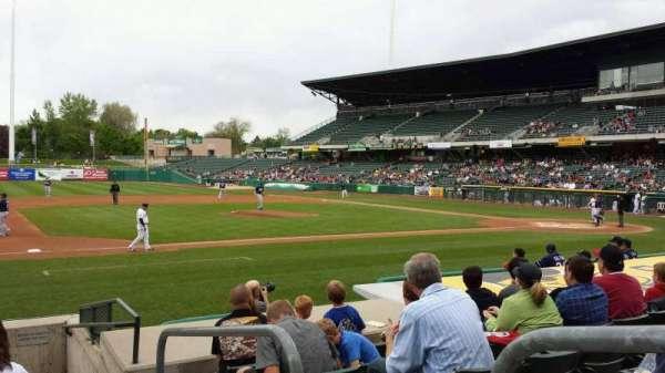 Smith's Ballpark, Abschnitt: 19, Reihe: 10, Platz: 1
