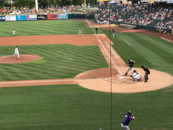 Smith's Ballpark, Abschnitt: 111, Reihe: 1, Platz: 15-18