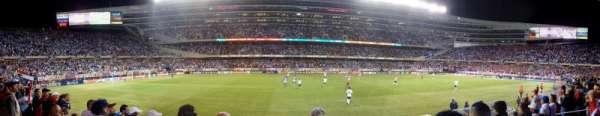 Soldier Field, Abschnitt: 140, Reihe: 4, Platz: 7