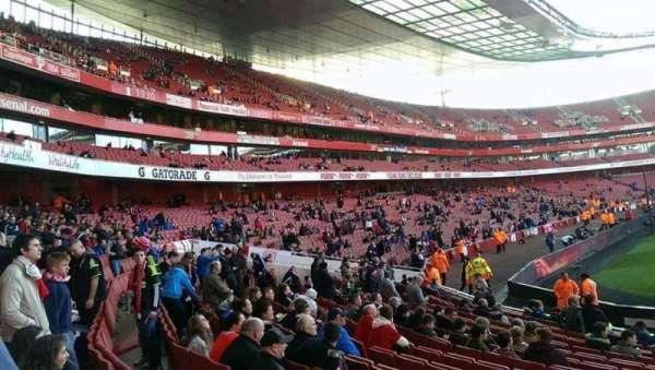 Emirates Stadium, Abschnitt: 20, Reihe: 15