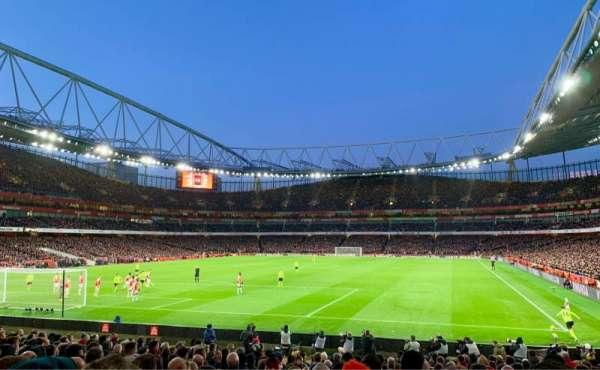 Emirates Stadium, Bereich: 23, Reihe: 19, Platz: 705