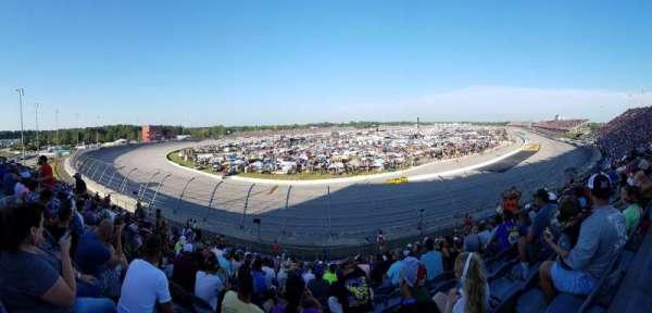 Darlington Raceway, Bereich: Pearson Q, Reihe: 19, Platz: 12