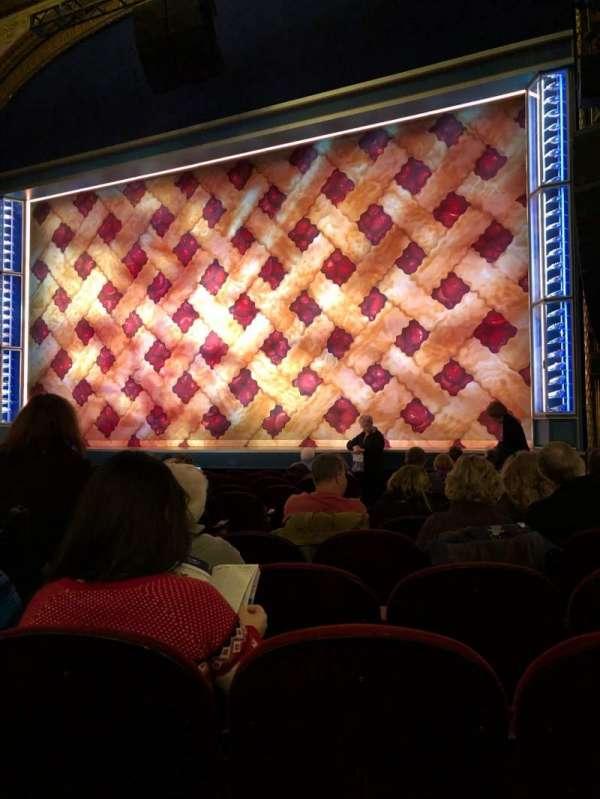 Brooks Atkinson Theatre, Abschnitt: Orchestra Right, Reihe: K, Platz: 8