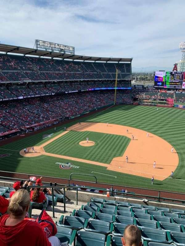 Angel Stadium, Abschnitt: 426, Reihe: I, Platz: 2