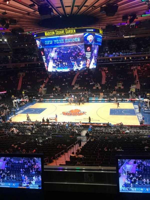 Madison Square Garden, Abschnitt: 212, Reihe: 2, Platz: 7