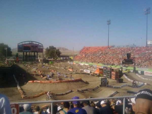 Sam Boyd Stadium, Abschnitt: 222, Reihe: 24, Platz: 18