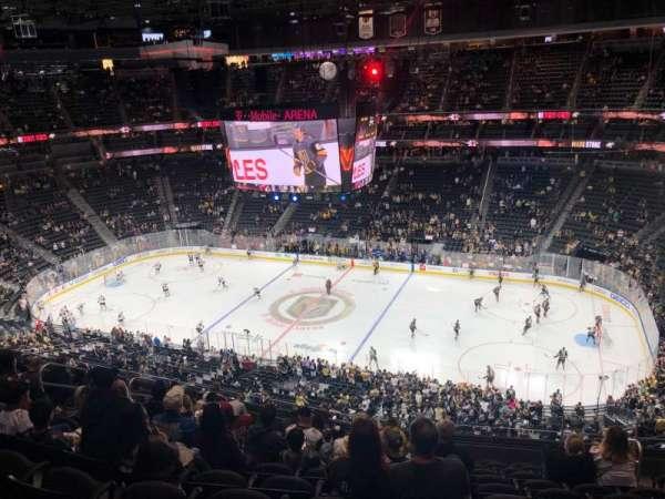 T-Mobile Arena, Abschnitt: 225, Reihe: L, Platz: 13