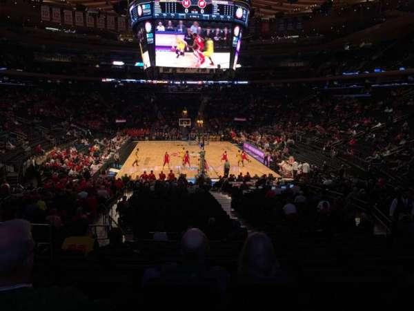 Madison Square Garden, Abschnitt: 102, Reihe: 16, Platz: 6