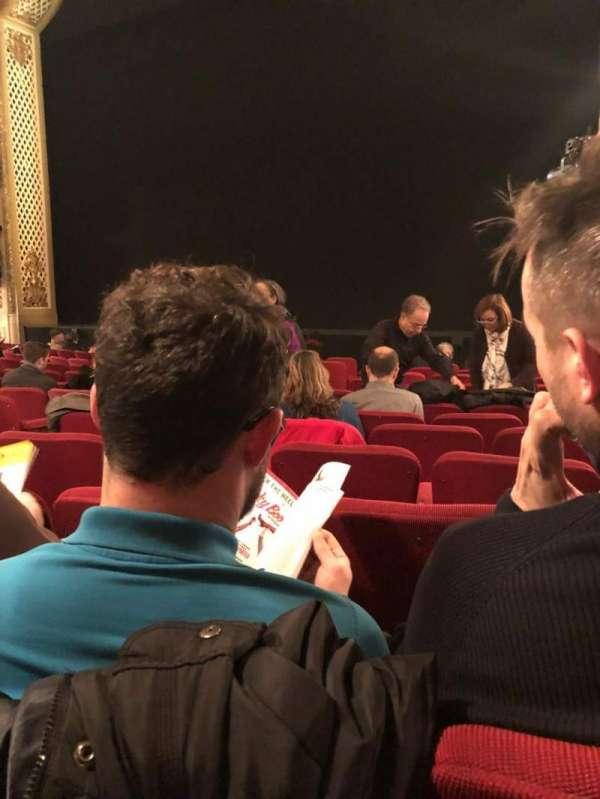 Cort Theatre, Abschnitt: Orchestra R, Reihe: L, Platz: 12