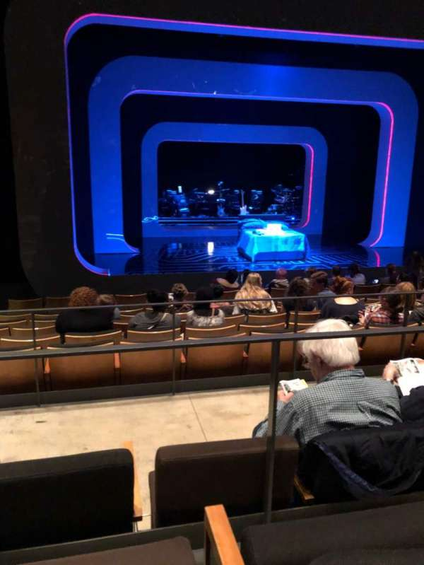 The Irene Diamond Stage at The Pershing Square Signature Center, Abschnitt: Orch, Reihe: J, Platz: 104