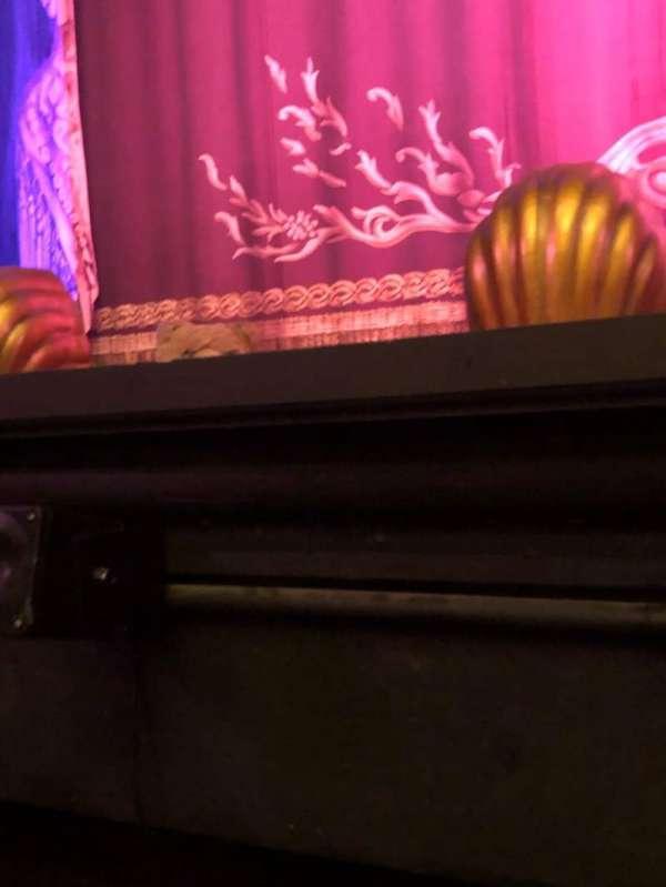 Hudson Theatre, Abschnitt: Orch, Reihe: A, Platz: 104
